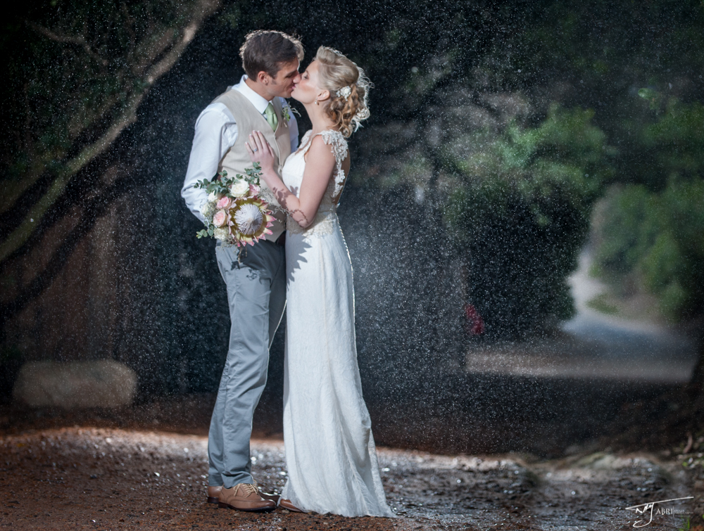 Cape Town Wedding Planner Real Wedding Relaxed Romance In The Rain